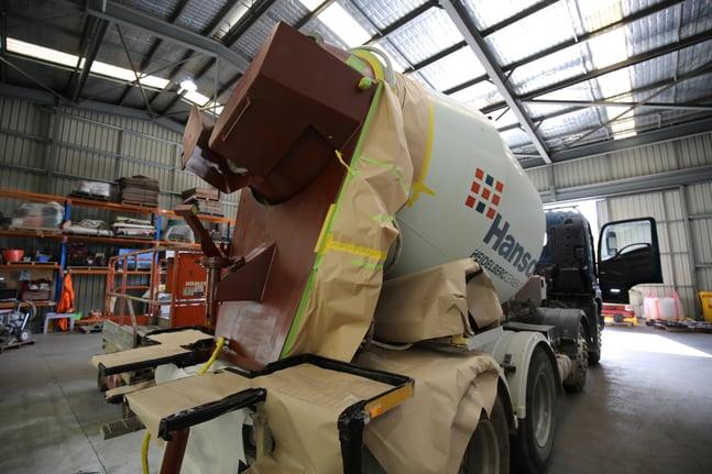 Hanson truck Metaline - primer.jpg