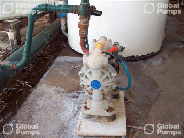 GlobalPumps-Verderair-Air-Operated-Diaphragm-Pump-Transfer-Pumps-Image-213-934x700.jpg