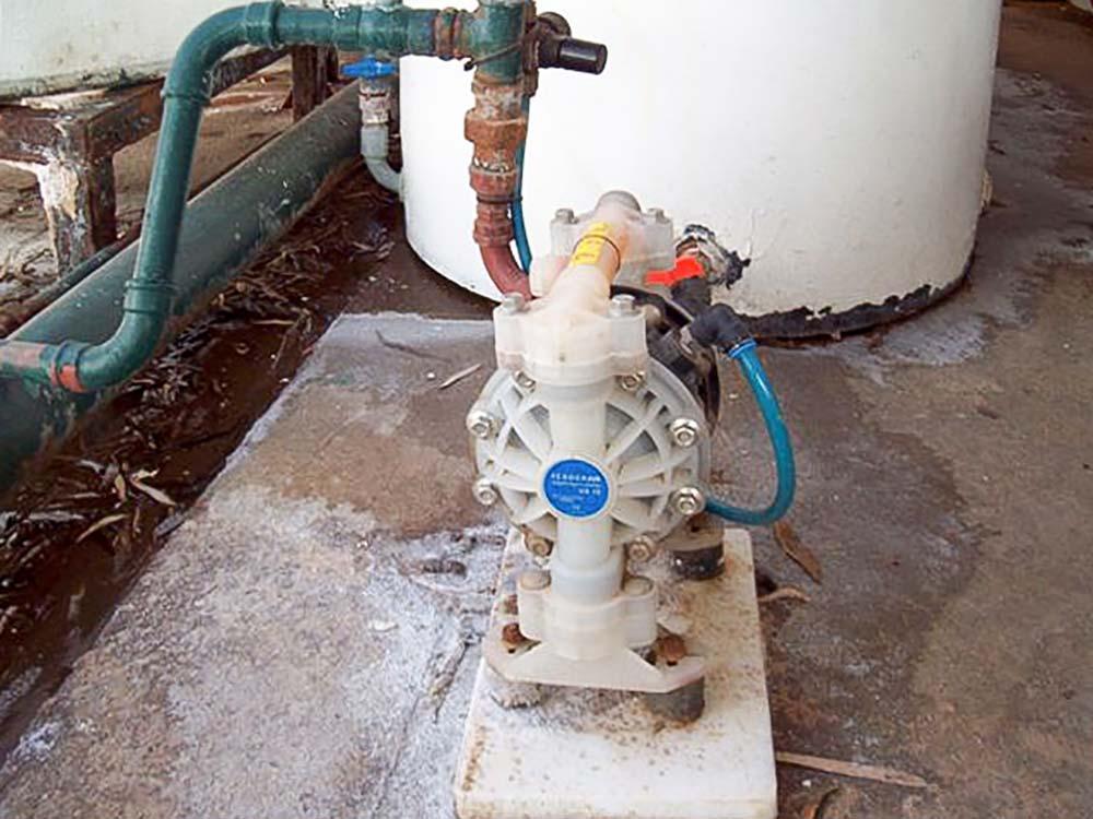 Air operated diaphragm pump global pumps plastic verderair pump va15 ccuart Choice Image